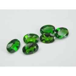Diopside chrome calibré
